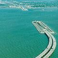 丹麦瑞典雄伟的跨海大桥